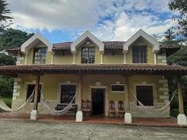 Vendo 5.000 m2 con casa  Vilcabamba