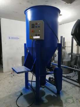 Mezcladora vertical para pegante y polvos secos.