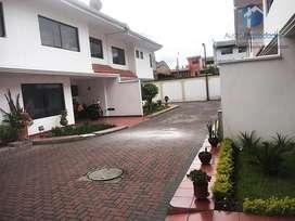 Casa en Venta Calle Sangurima Centro de la Ciudad