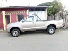 Vendo camioneta toyota en buen estado  dispuesto a toda prueba mecanica