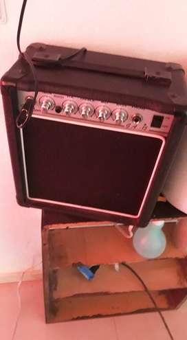 Vendo Amplificador  Freedom