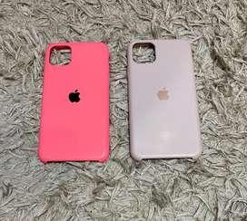 Cases originales para Iphone 11 Pro Max (usados) $15 c/u