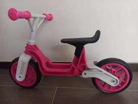 Bicicleta niña impulso, balance, aprendizaje