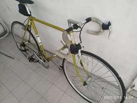 Bicicleta italiana año 1921 tipo rutera