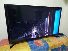 En venta Smart TV Samsung UN32J4300AK para repuesto