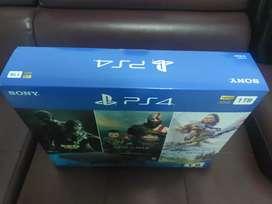 Playstation 4 slim de 1 tb y 3 juegos nueva y sellada