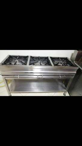 Entable para negocio campana extractora,,horno asador,fogón industrial,vitrina,mostrador,refrigerador,registradora,mes,s