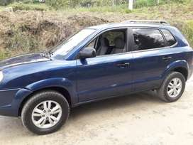 HYUNDAI TUCSON 2009 MANUAL IM PECABLE