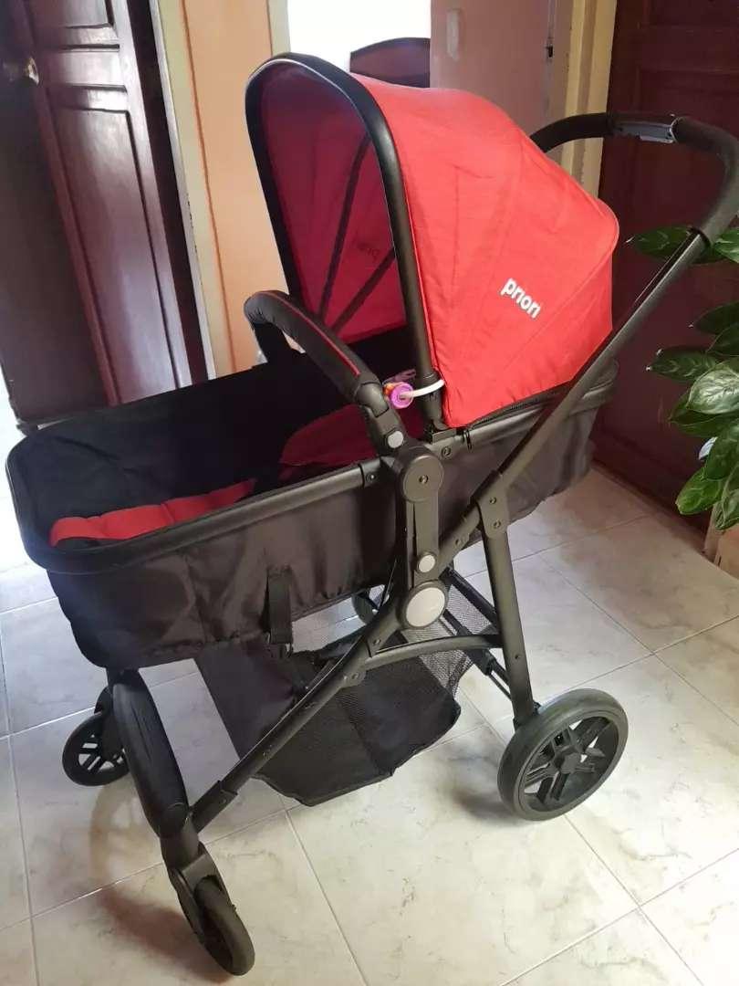 Coche de bebé  marca Priori modelo Travel System, unisex,  como nuevo, poco uso, elegante, seguro, sirve como Moisés 0