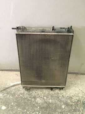 radiador de agua clio mio poco detalles