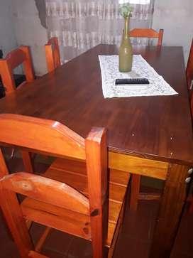 Vendo juego de comedor con 6  sillas