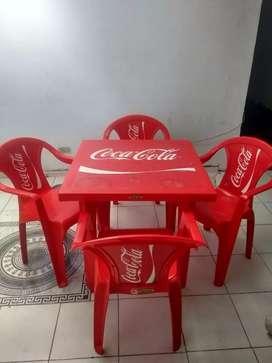 Mesas y sillas para negocio