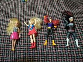 muñecas batman+superchica+ barbi+luchadora