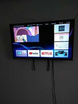 "Televisor Smart de 32"" marca Panasonic"