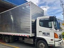 Vendo camión marca hino carrocería furgón