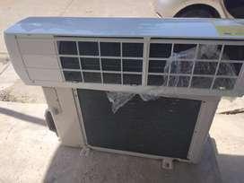 aire acondicionado 9000a 220w. Y monitor LG de22
