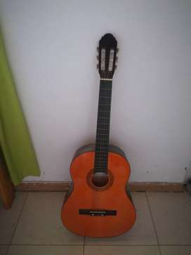 Guitarra Romulo Garcia más funda!