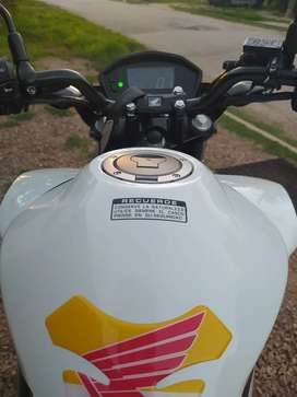 Honda CB 250 2019