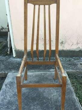 Vendo sillas antiguas