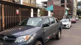 Camioneta 4x2 gasolina motor 2tr Unico propietario