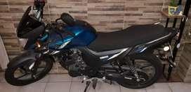 Vendo Yamaha SZ RR 125cc mod2021