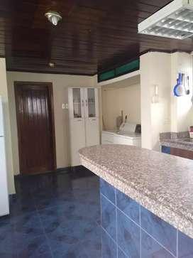 Alquiler de Departamento amoblado en Cdla. Naval Sur, Sur de Guayaquil