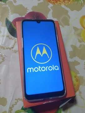 Motorola e6S.