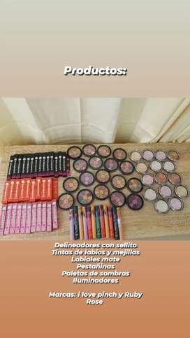 Se vende saldo de inventario de maquillaje