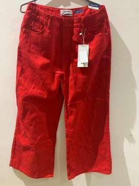 A la venta pantalon rojo culotte