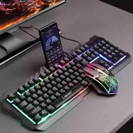Combo teclado + Mouse Alámbrico retroiluminado Gamer con soporte para celular