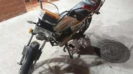 Moto Susuki Ax100