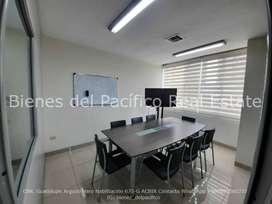 VENTA o ALQUILER Oficina Amoblada en Edificio Elite en Kennedy, Guayaquil