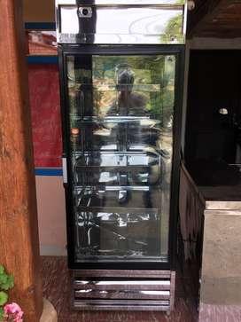 refrigerador para negocio 1 año de uso