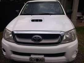 Vendo Toyota Hilux 4x4 3.0