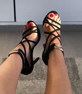 Venta de zapatillas negras en perfecto estado!! Talla 37