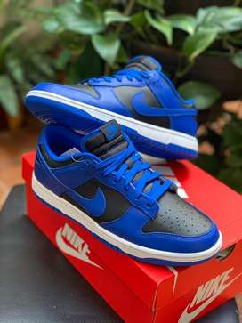 Nike dunk low hypercobalt deep royal blue 9,5 us originales