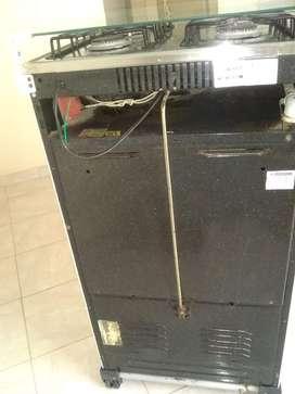 Estufa con horno y encendido electronico