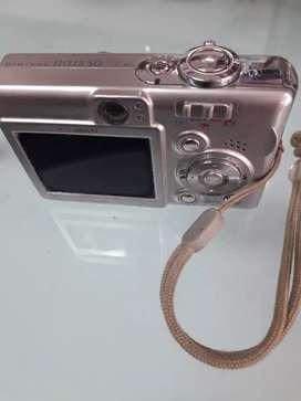 Cámara fotográfica y filmadora Canon