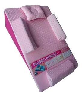 Vendo colchoneta antireflujo color rosa