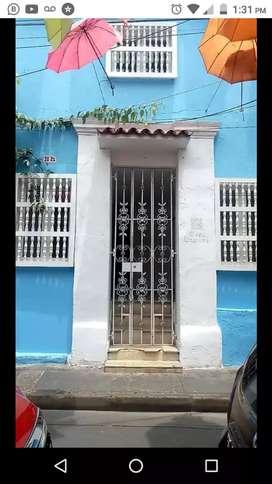 Vendo o Arriendo Casa en el centro de Cartagena para Hotel u Oficinas
