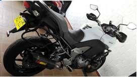 Hermosa versys 1000 2012 blanca
