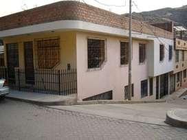 ALQUILER DE CASA PRIMER PISO