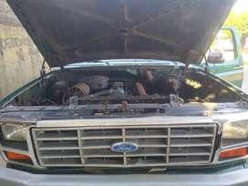 Ford 350 lista para trabajar