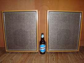 2 Bafles Vintage con Parlantes Belbar mod 625 12 pulg Pot: 15W