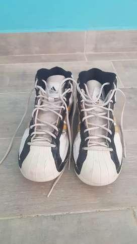 Zapatillas adidas usadas muy buenas