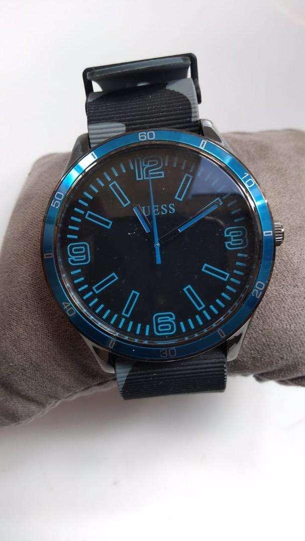 Reloj de pulso marca Guess Original