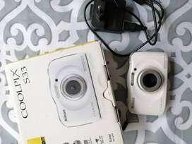 Nikon Coolpix S33 sumergible