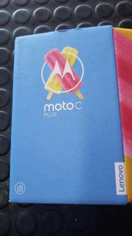 Moto c plus nuevo en caja