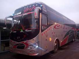 VENDO BUS CON LINEA