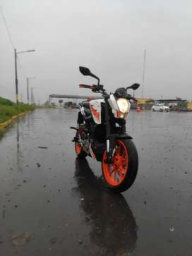 Vendo moto ktm poco recorrido